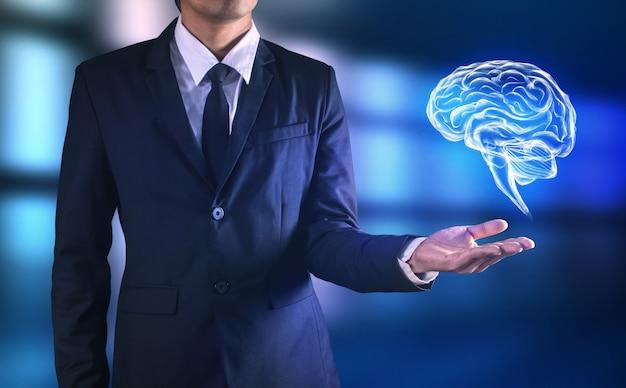 Hersenen in man hand Premium Foto