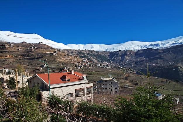 Het dorp in kadisha valley, libanon Premium Foto