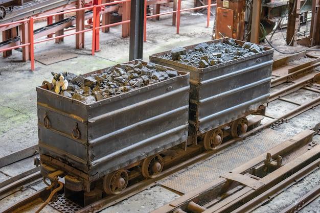 Het national mining museum scotland werd in 1984 opgericht om de fysieke overblijfselen van lady victoria colliery in newtongrange, midlothian, schotland te bewaren Premium Foto