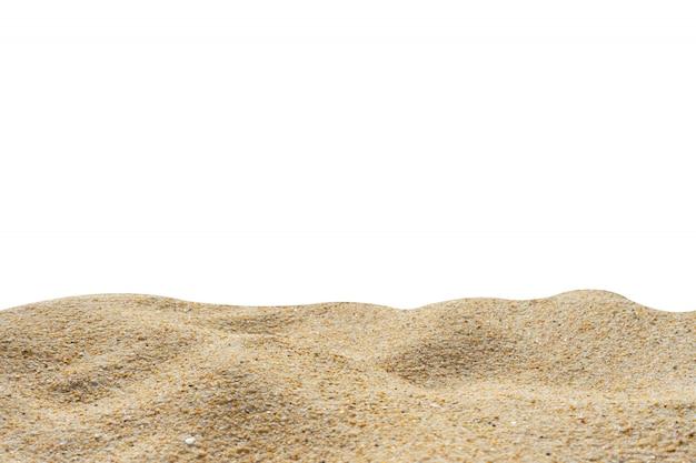Het zandtextuur van het strand die op wit wordt geïsoleerd Premium Foto