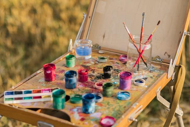 Hoge hoek set schilderij elementen Gratis Foto