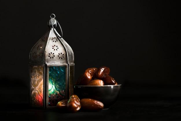 Hoge hoek snacks voor ramadan dag Premium Foto