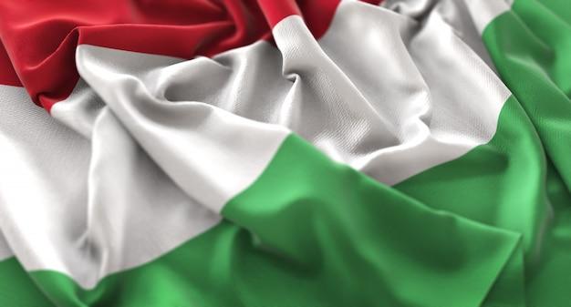 Hongarije vlag ruffled mooi wapperende macro close-up shot Gratis Foto