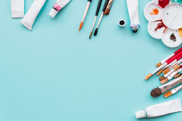 Hoogste mening van verfmaterialen met copyspace Premium Foto