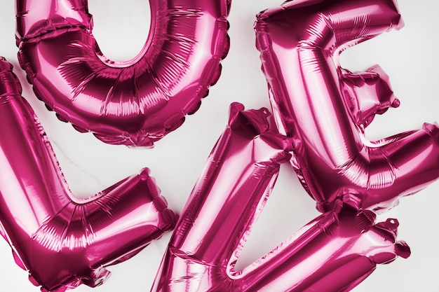 Houd van heliumballonnen Gratis Foto