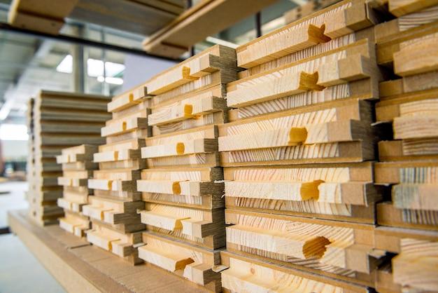 Houten houtconstructiemateriaal Premium Foto