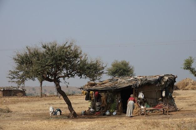 Houten huis van arme mensen Gratis Foto