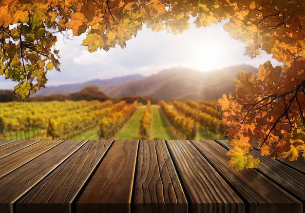 Houten lijst in het landschap van het land van de de herfstwijngaard. Premium Foto