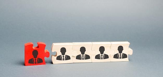Houten puzzels met het imago van arbeiders. Premium Foto