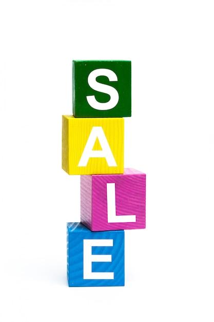 Houten speelgoed kubussen met letters Premium Foto