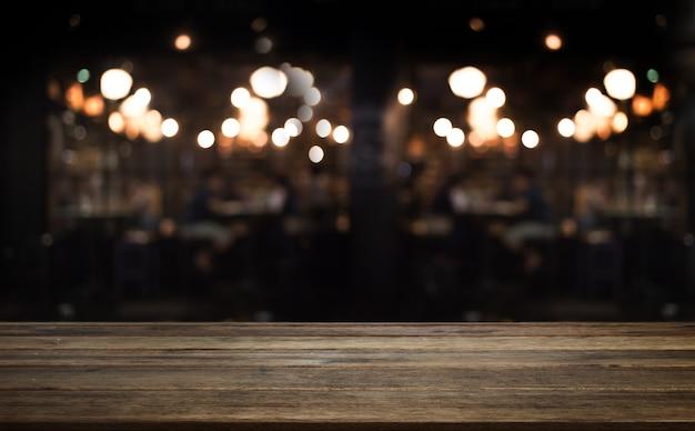 Houten tafelblad teller van café of keuken winkel Premium Foto