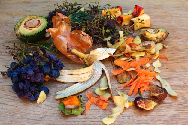 Huishoudelijk afval voor compost Premium Foto