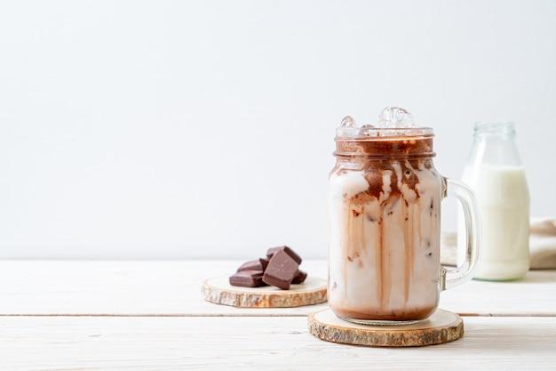 Iced chocolade milkshake drankje Premium Foto