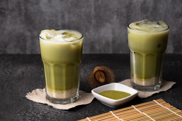 Ijs groene thee latte voedsel Premium Foto