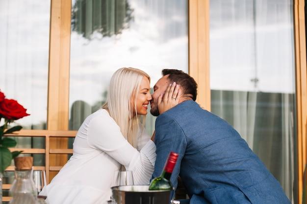 Ontmoet meisje online dating