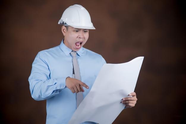 Ingenieursmens, bouwvakkerconcept Gratis Foto