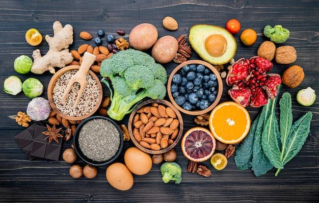 Ingrediënten voor het instellen van gezonde voeding. Premium Foto