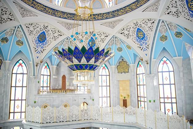 Interieur van de moskee Premium Foto