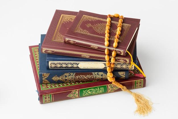 Islamitische nieuwe jaar koranboeken Premium Foto