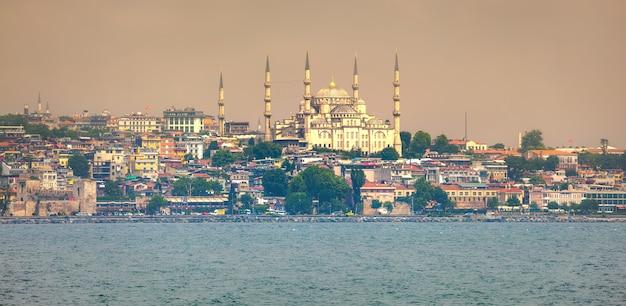 Istanbul zonsondergang panorama Premium Foto