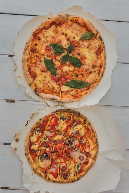 Italiaanse pizza's Premium Foto
