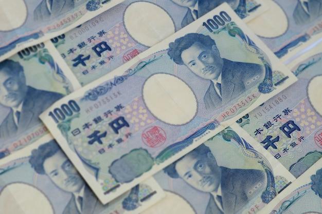 Japans muntbankbiljet van 1000yen. achtergrond selectief nadrukbeeld. Premium Foto