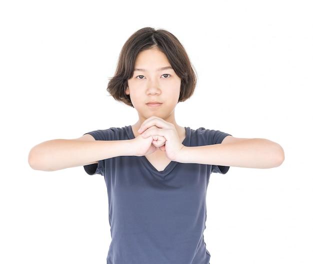 Jong vrouwelijk kort haar met lege grijze t-shirt Premium Foto