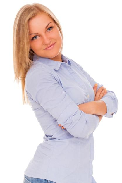 Jonge blonde vrouw die lacht Gratis Foto