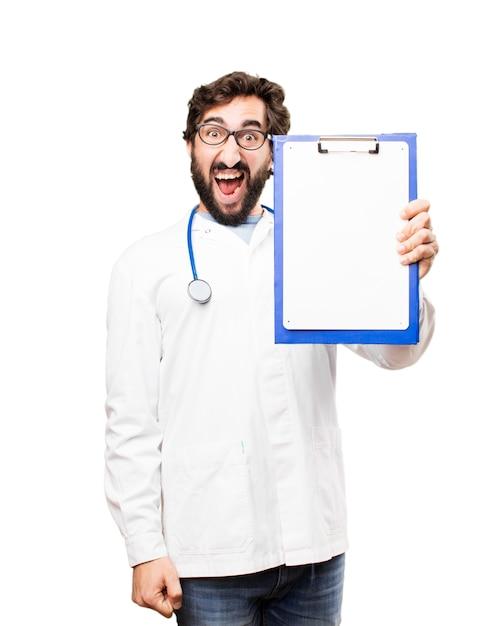 Jonge dokter met een rapport Gratis Foto