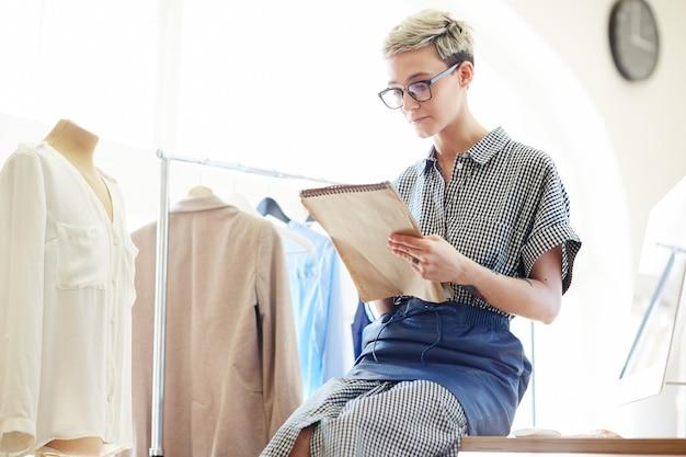Jonge kleding Gratis Foto