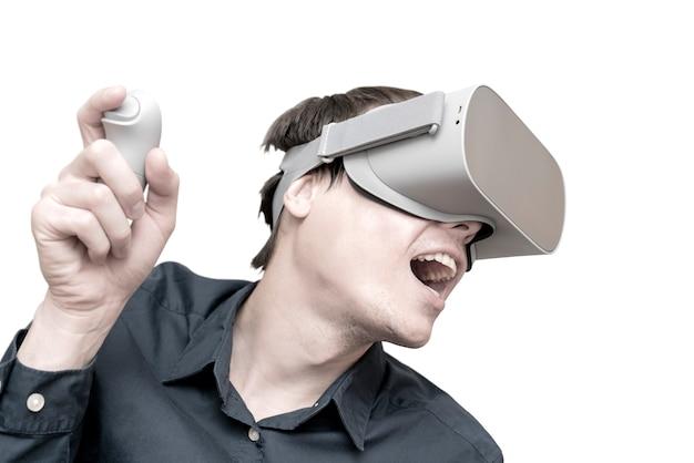 Jonge man van virtual reality. Premium Foto