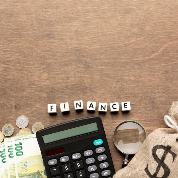 Jutezak van het concept van geldfinanciën Gratis Foto