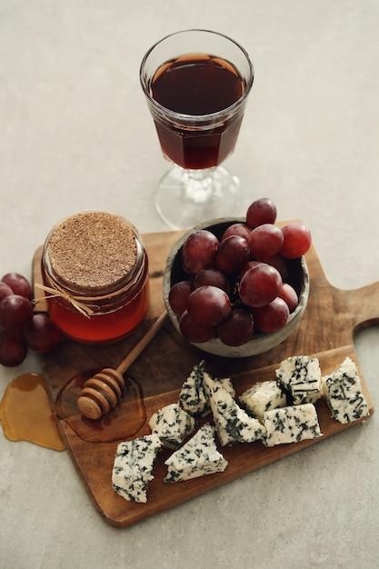 Kaas en druiven Gratis Foto