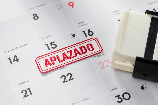 Kalender met uitgesteld datumconcept Gratis Foto