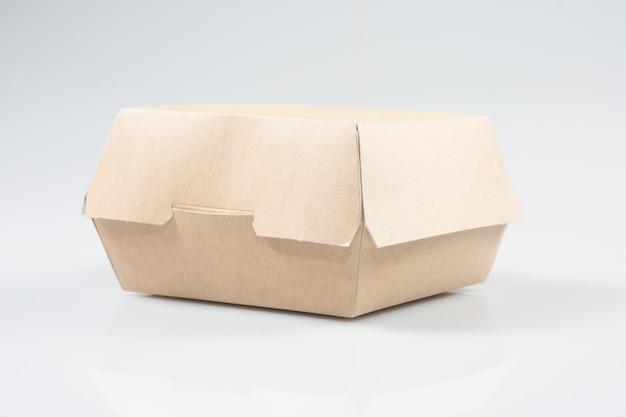 Kartonnen doos om hamburgers of broodjes te schuiven Premium Foto