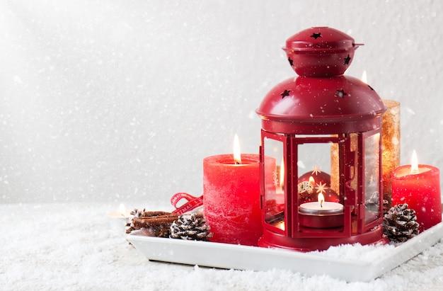 Citaten Kerst En Nieuwjaar : Kerst kaarsen met kerstversiering kerstmis of nieuwjaar sfeer