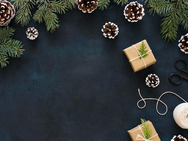 Kerstmisspar tak met exemplaarruimte Gratis Foto
