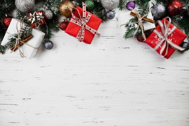 Kerstsamenstelling van geschenkdozen Gratis Foto