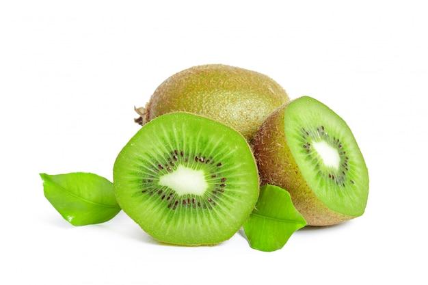 Kiwi's geïsoleerd op wit Premium Foto