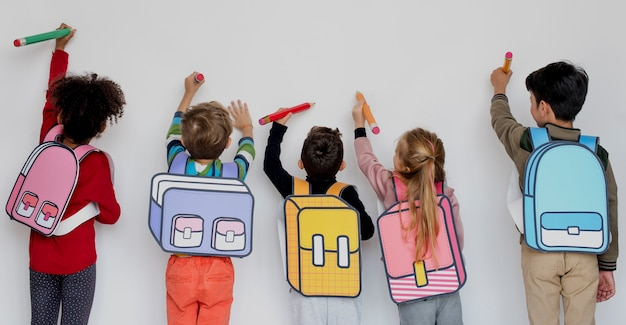Klasgenoten friends bag school education Premium Foto
