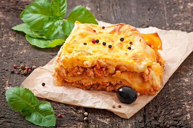 Klassieke lasagne met bolognesesaus Gratis Foto