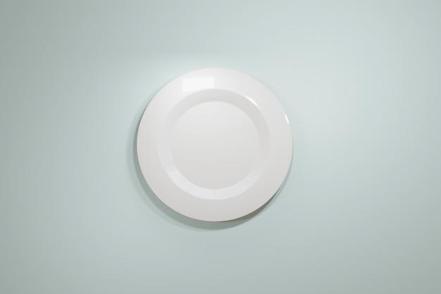 Klassieke witte keramische plaat voor een restaurant of café uitzicht vanaf de bovenkant op een lichtblauwe pastel achtergrond. Premium Foto