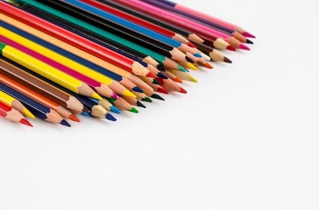 Kleur potloden geïsoleerd Premium Foto