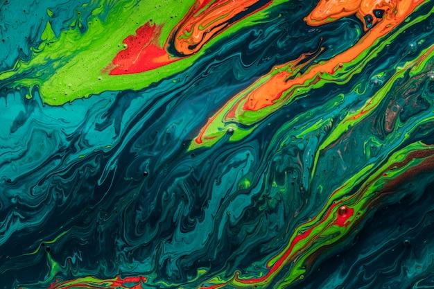 Kleurrijk water van vloeibaar acryl giet het schilderen Gratis Foto