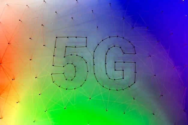 Kleurrijke achtergrond met 5g-technologie Gratis Foto
