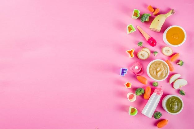 Kleurrijke babyvoedingpuree Premium Foto