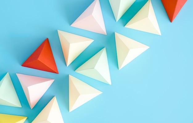 Kleurrijke driehoek papier vorm set Gratis Foto