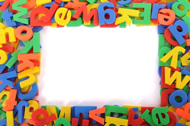 Kleurrijke frame met letters alplhabet's Gratis Foto