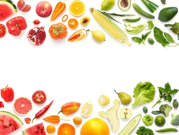 Kleurrijke groenten en bladeren frame Premium Foto