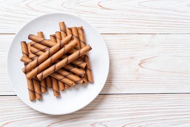 Koffie wafel stick roll met room Premium Foto